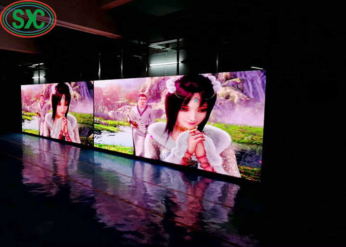 Indoor P4 Led Display Hanging LED Screen 512mm X512mm Cabinet