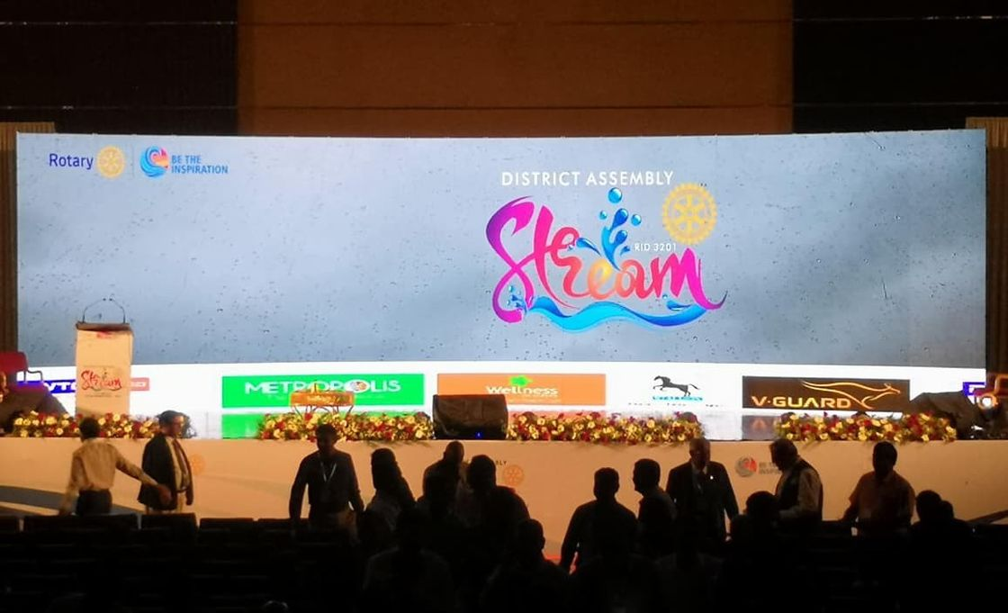 Waterproof Indoor Advertising Led Display , P6.67 LED Billboard Screen High Resolution