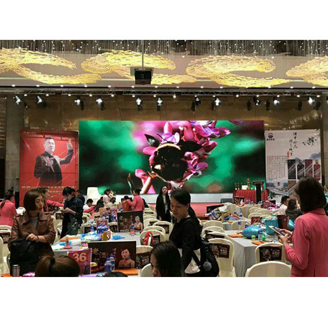 Indoor Rental Full Color LED Display Screen , P4 Curved LED Video Wall 1200Hz